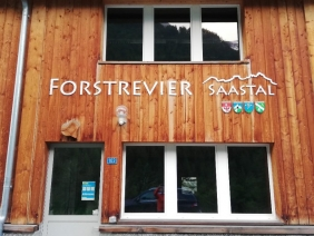 Sitz des Forstreviers Saastal